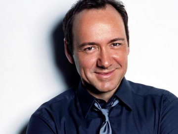 Kevin Spacey and John Stamos in Full House and House of Cards crossover?