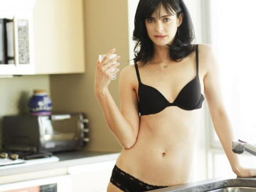 Krysten Ritter eager to see how Jessica Jones fits in to The Defenders