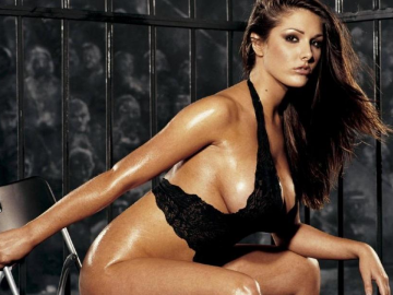 Lucy Pinder calendar 2015 gets a sneak peek