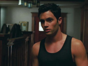 Penn Badgley experiences full range of love with 'slap' from Uma Thurman