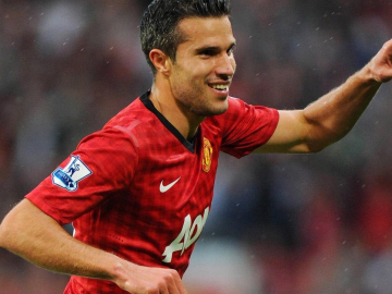 Robin Van Persie to become new Manchester United captain?