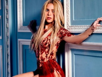 Shakira discusses Blake Shelton collaboration Medicine