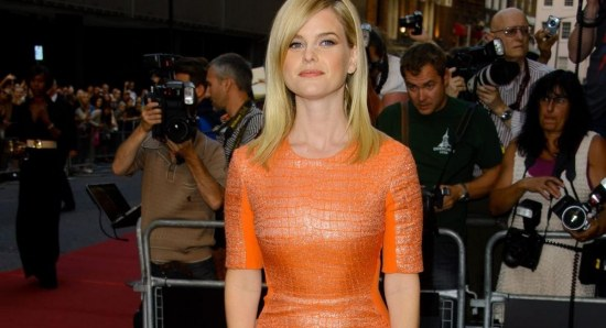 Alice Eve works the red carpet