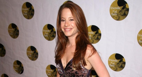 Amy Davidson looking gorgeous in dress