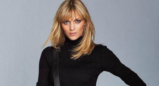Anja Rubik received a mixed response