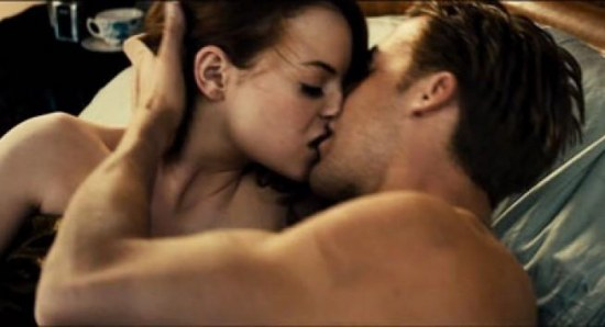 Ryan Gosling beds Emma Stone in Gangster Squad