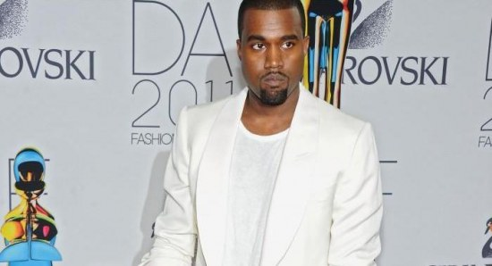 Kanye West will be the musical guest for the season finale of SNL