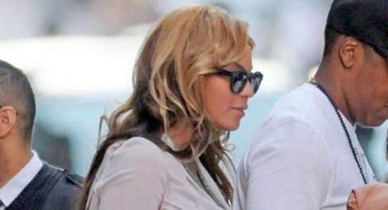 Beyonce out and about with Jay-Z