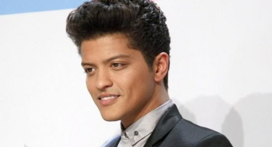 Bruno Mars without his shades!