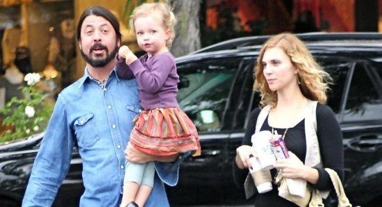 Dave Grohl steps out with family