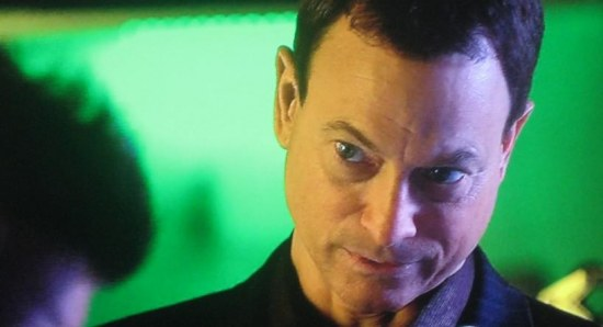 Gary Sinise doing his acting thang