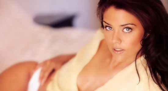 Susan Ward is Girl of the Day