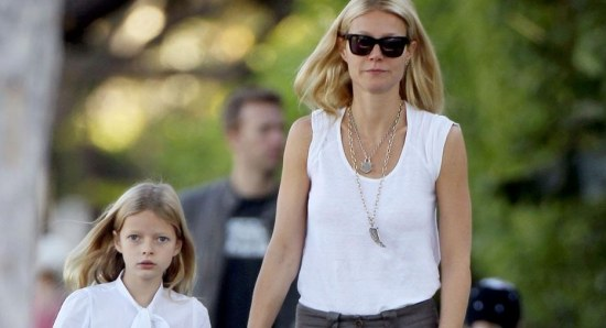 Gwyneth Paltrow with her daughter