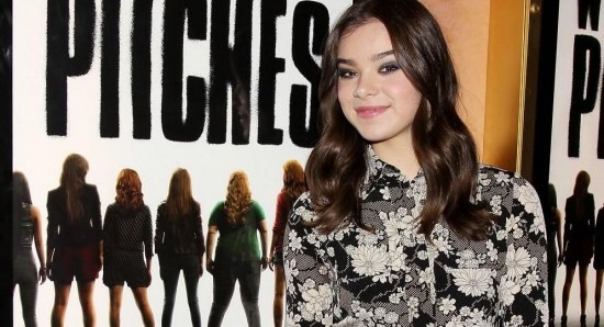 Hailee Steinfeld has landed a record deal