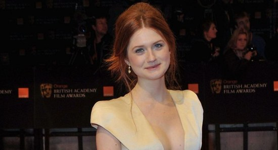 Bonnie Wright looking gorgeous on red carpet