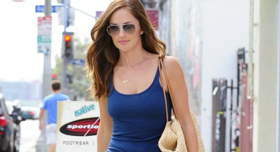 Minka Kelly dated Jake Gyllenhaal