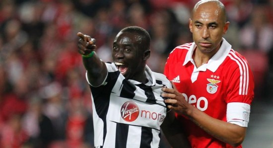 Papiss Cisse sees someone he knows