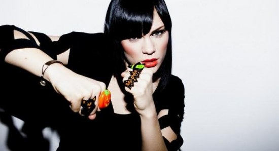 Jessie J has banned her Voice finalists from Twitter