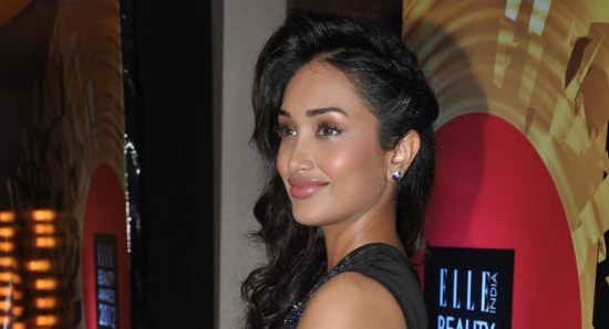 Jiah Khan looking great in black dress