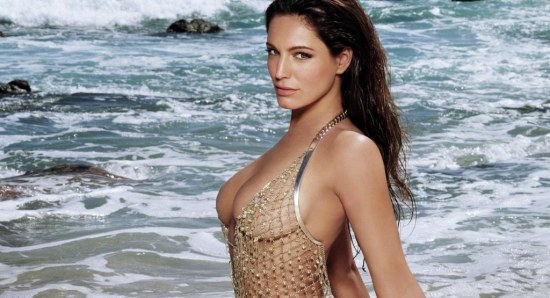 Kelly Brook is a top British model