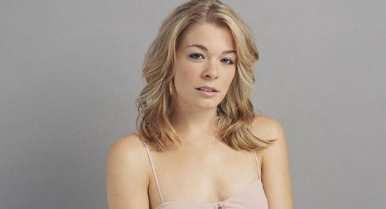 LeAnn Rimes looking sexy in photo shoot