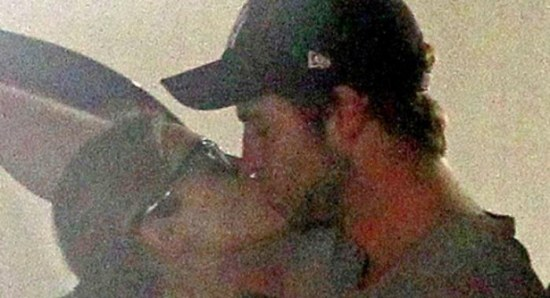 Liam Hemsworth and Eiza Gonzalez share a kiss