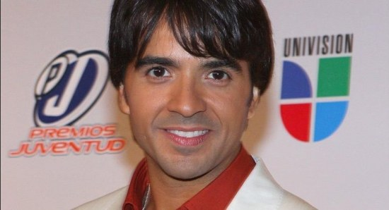 Luis Fonsi wants to give it another go
