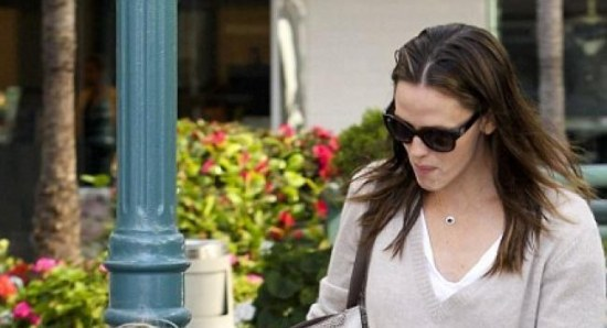 Jennifer Garner gets a lot of attention from the Midwest
