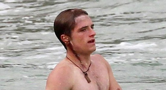 Josh Hutcherson with a head wound while filming 'Catching Fire'