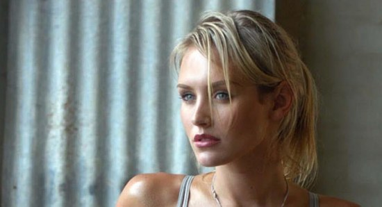 Nicky Whelan captured our hearts playing Pepper Steiger in neighbours