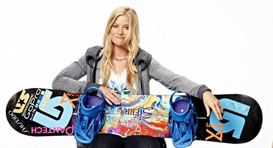 Hannah Teter with snowboard