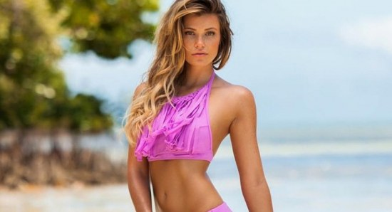 Samantha Hoopes looks great in pink