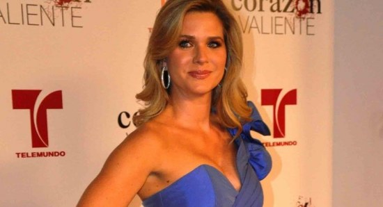 Sonya Smith is a beautiful actress
