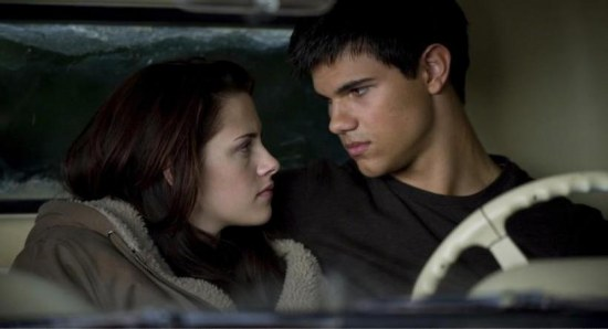 Taylor Lautner has reached out to Kristen Stewart
