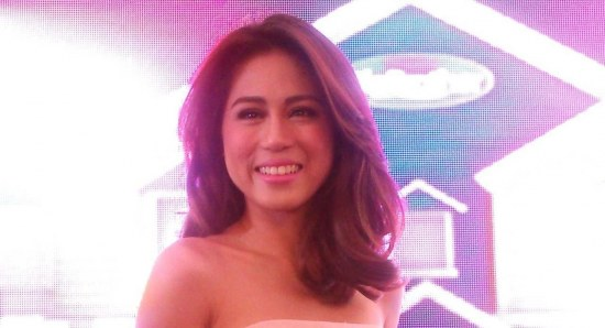 Toni Gonzaga looking great in pantsuit