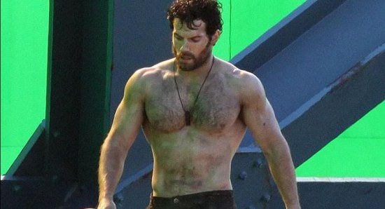 Henry Cavill shows off the body that has wowed women