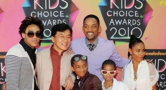 Will Smith with his family and Jackie Chan at the Kids' Choice Awards