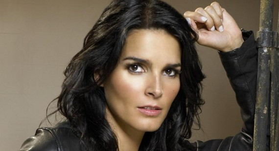Angie Harmon talks about the benefits of therapy