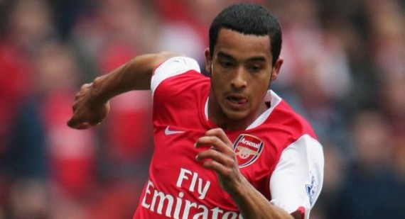 Arsene Wenger discusses Theo Walcott's Arsenal contract
