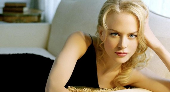 Best friends Nicole Kidman and Naomi Watts to compete as frontrunners for 2014 Oscars
