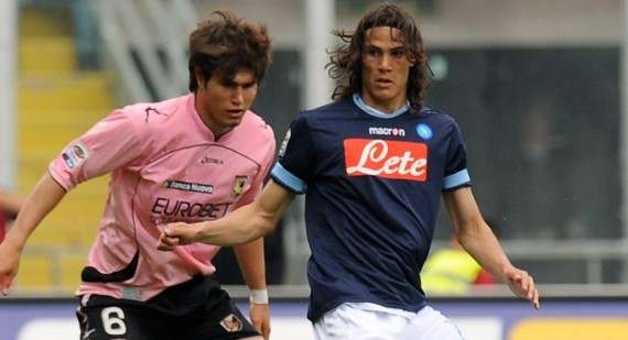 Edinson Cavani close to joining Manchester City
