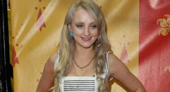 Harry Potter star Evanna Lynch chats to students