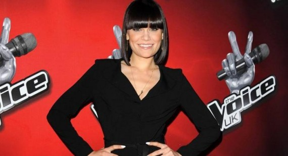 Jessie J bans The Voice finalists from going on Twitter