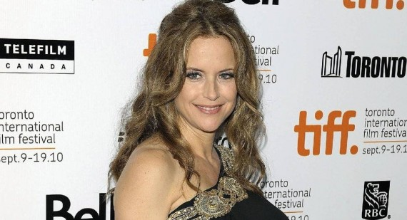 Kelly Preston, Madonna, Gwen Stefani: Celebrities having babies later in life