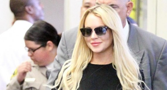 """Lindsay Lohan to cut """"toxic"""" people out of her life"""