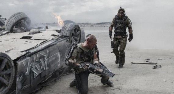 Matt Damon fights in new 'Elysium' still