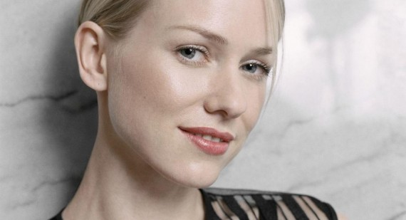 Naomi Watts says cosmetic surgery could ruin her career