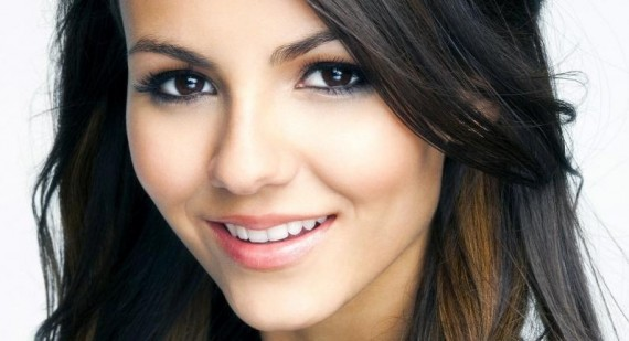 Victoria Justice opens up about touring with Big Time Rush