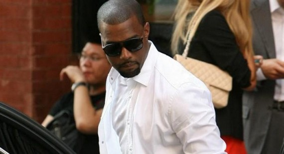 Will Kanye West appear on The Kardashian's Christmas card?