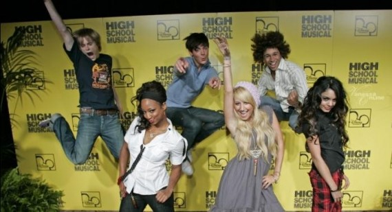 Zac Efron and Vanessa Hudgens to reteam for new High School Musical movie